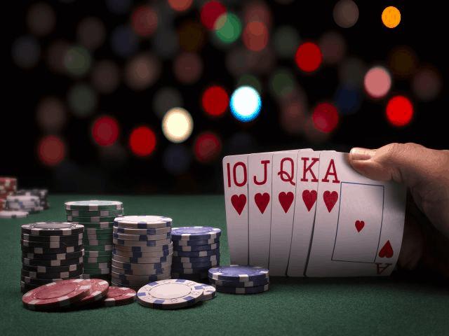 ปลาสวาย 6 ใบเป็นอย่างไร เรียนรู้วิธีเล่น Catte 6-card พื้นฐาน